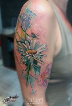lublin tattoo, tatuaz lublin, tattoo lublin, watercolor tattoo, flower tattoo